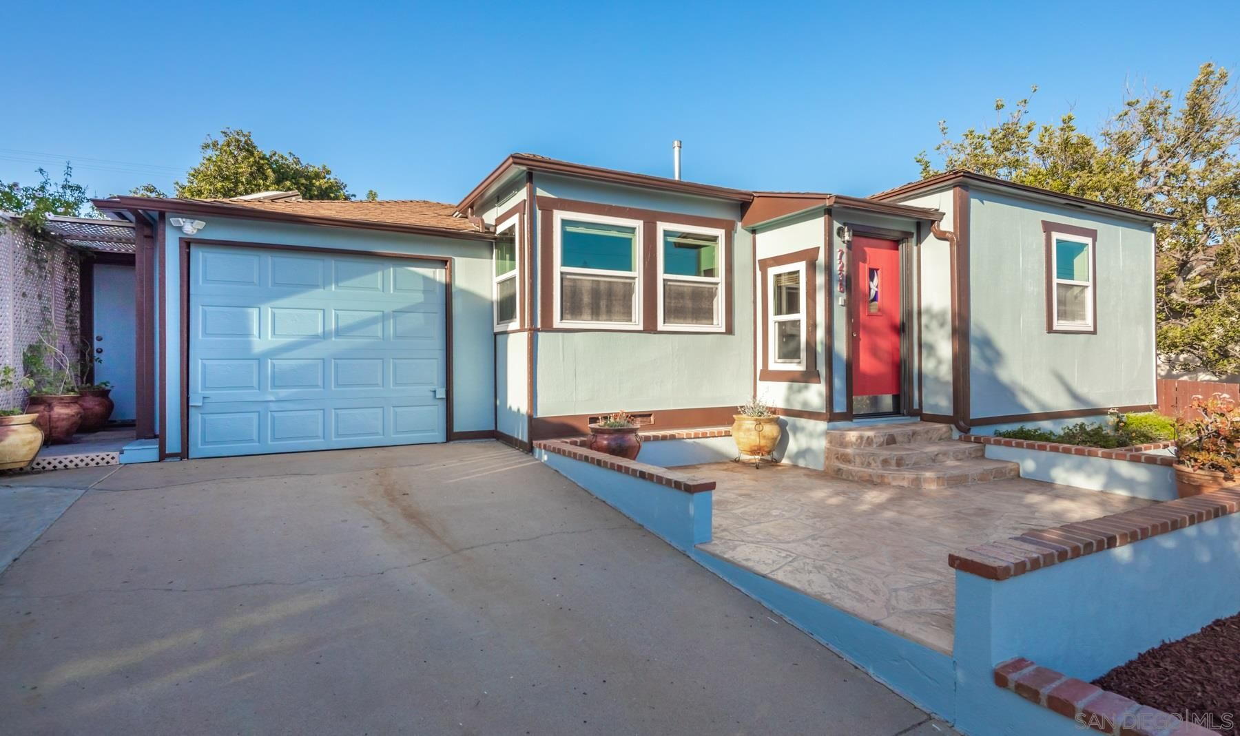 Main Photo: LA MESA House for sale : 4 bedrooms : 7236 Amherst in San Diego