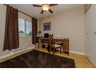 """Photo 13: 144 2844 273 Street in Langley: Aldergrove Langley Townhouse for sale in """"Chelsea Court"""" : MLS®# R2111367"""
