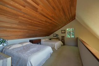 Photo 18: 6853 ISLAND VIEW Road in Sechelt: Sechelt District House for sale (Sunshine Coast)  : MLS®# R2610848