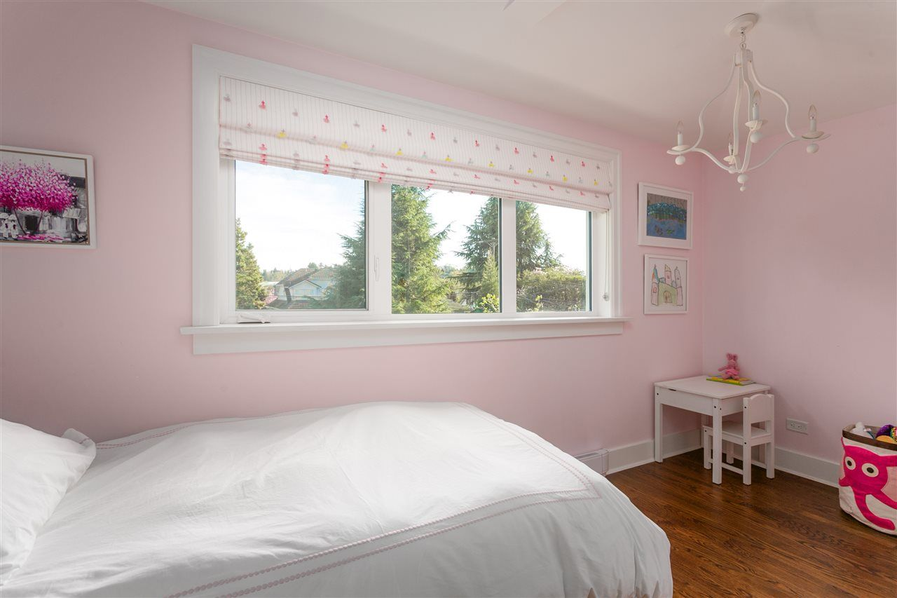 Photo 19: Photos: 68 W 23RD Avenue in Vancouver: Cambie House for sale (Vancouver West)  : MLS®# R2361113