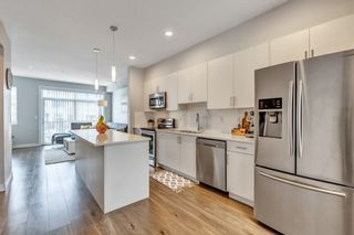 """Photo 2: 27 7169 208A Street in Langley: Willoughby Heights Townhouse for sale in """"Lattice"""" : MLS®# R2540801"""