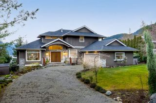 "Photo 1: 192 STONEGATE Drive: Furry Creek House for sale in ""FURRY CREEK"" (West Vancouver)  : MLS®# R2530181"