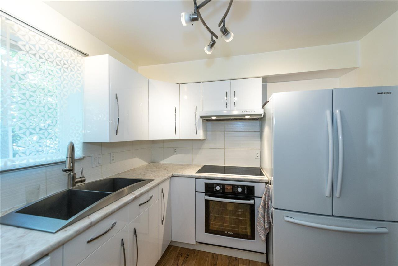 """Main Photo: 206 202 MOWAT Street in New Westminster: Uptown NW Condo for sale in """"SAUSALITO"""" : MLS®# R2257817"""