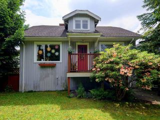Photo 1: 4060 ETON Street in Burnaby: Vancouver Heights House for sale (Burnaby North)  : MLS®# R2171929