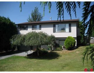 """Photo 1: 34895 CHAMPLAIN in Abbotsford: Abbotsford East House for sale in """"MCMILLAN AREA-YALE SENIOR SEC."""" : MLS®# F2918542"""