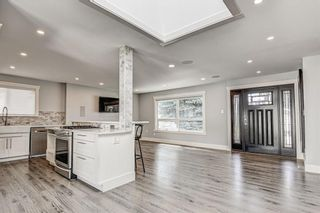 Photo 15: 324 WASCANA Crescent SE in Calgary: Willow Park Detached for sale : MLS®# C4296360