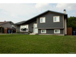 Photo 1: 27 Bramton Street in WINNIPEG: St Vital Residential for sale (South East Winnipeg)  : MLS®# 1418917