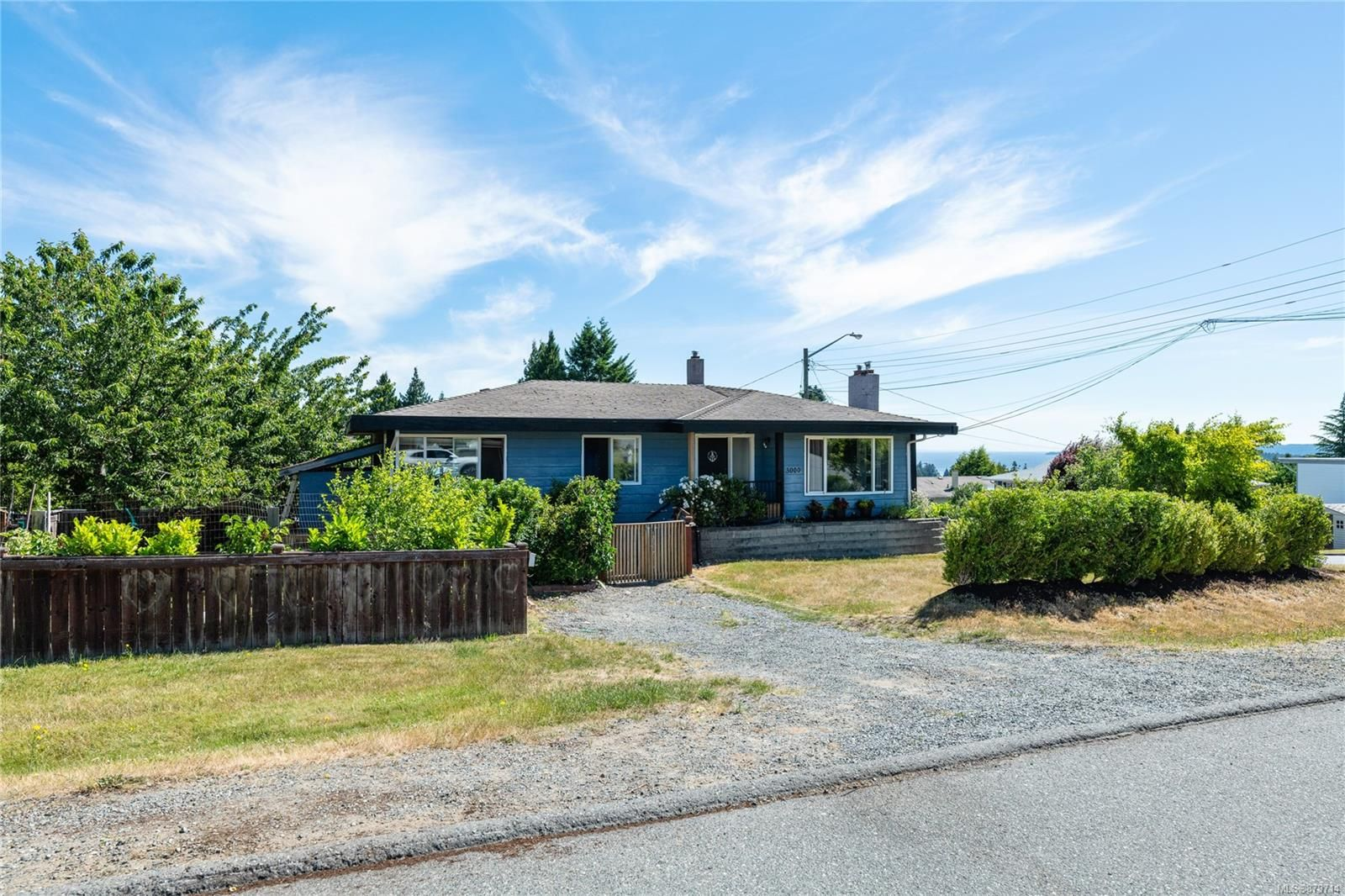 Main Photo: 3000 Glen Eagle Cres in : Na Departure Bay House for sale (Nanaimo)  : MLS®# 879714