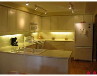 Photo 5: 201 1725 128th Street in Ocean Park Gardens: Home for sale : MLS®# F2727790