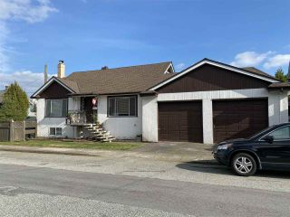 """Photo 2: 1102 DUBLIN Street in New Westminster: Moody Park House for sale in """"Moody Park"""" : MLS®# R2495148"""