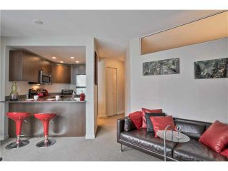 """Photo 1: 504 1212 HOWE Street in Vancouver: Downtown VW Condo for sale in """"1212 HOWE"""" (Vancouver West)  : MLS®# V1054674"""