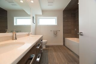 """Photo 12: 600 E 22ND Street in North Vancouver: Boulevard House for sale in """"Grand Boulevard"""" : MLS®# R2231635"""