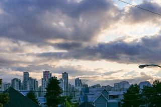 """Photo 16: 12 1386 W 6TH Avenue in Vancouver: Fairview VW Condo for sale in """"NOTTINGHAM"""" (Vancouver West)  : MLS®# R2423397"""