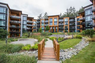 """Photo 36: 415 14855 THRIFT Avenue: White Rock Condo for sale in """"The Royce"""" (South Surrey White Rock)  : MLS®# R2538329"""