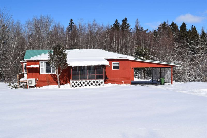 FEATURED LISTING: 834 Lake Road French River