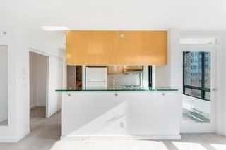 """Photo 10: 504 1003 BURNABY Street in Vancouver: West End VW Condo for sale in """"MILANO"""" (Vancouver West)  : MLS®# R2623548"""