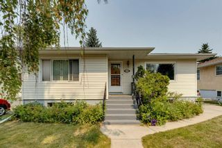 Main Photo: 520 29 Avenue NW in Calgary: Mount Pleasant Detached for sale : MLS®# A1134159