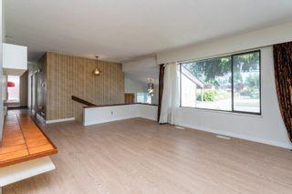 Photo 5: 1572 REGAN Avenue in Coquitlam: Central Coquitlam House for sale : MLS®# R2598818