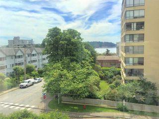 "Photo 12: 412 1425 ESQUIMALT Avenue in West Vancouver: Ambleside Condo for sale in ""Oceanbrook"" : MLS®# R2469530"