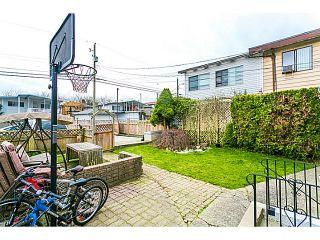 "Photo 17: 3128 E 1ST Avenue in Vancouver: Renfrew VE House for sale in ""RENFREW"" (Vancouver East)  : MLS®# V1108136"