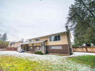 Photo 2: 20073 42 Avenue in Langley: Brookswood Langley House for sale : MLS®# R2538938