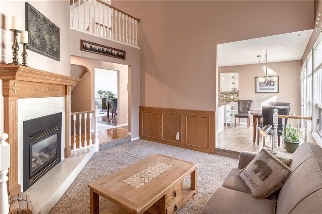 Photo 23: Photos: 248 WOOD VALLEY Bay SW in Calgary: Woodbine Detached for sale : MLS®# C4211183