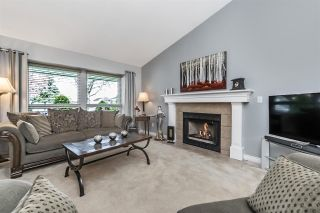 Photo 7: 19660 SOMERSET Drive in Pitt Meadows: Mid Meadows House for sale : MLS®# R2261626