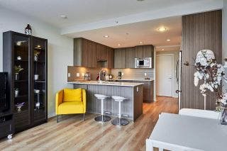 """Photo 7: 505 125 COLUMBIA Street in New Westminster: Downtown NW Condo for sale in """"NORTHBANK"""" : MLS®# R2158737"""
