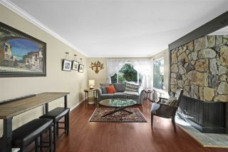 Photo 4: 4225 BIRCHWOOD Crescent in Burnaby: Greentree Village Townhouse for sale (Burnaby South)  : MLS®# R2501600