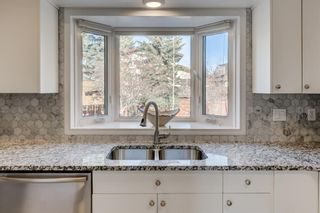 Photo 8: 5879 Dalcastle Drive NW in Calgary: Dalhousie Detached for sale : MLS®# A1087735