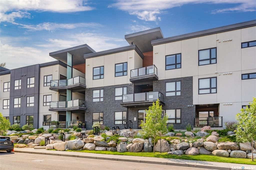 Main Photo: 306 225 Maningas Bend in Saskatoon: Evergreen Residential for sale : MLS®# SK864050