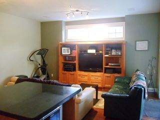 Photo 4: 1598 Parker Pl in White Rock: Home for sale : MLS®# f1322012