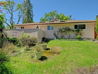 Photo 18: 907 Kingsmill Rd in VICTORIA: Es Gorge Vale Half Duplex for sale (Esquimalt)  : MLS®# 789216
