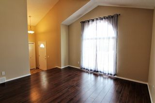 Photo 10: 2863 Catalina Boulevard NE in Calgary: Monterey Park Detached for sale : MLS®# A1075409