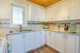 Photo 33: 109 Beckville Beach Drive in Amaranth: House for sale : MLS®# 202123357