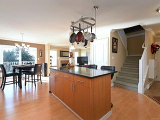 Photo 7: 900 Cavalcade Terr in Langford: La Florence Lake House for sale : MLS®# 857526
