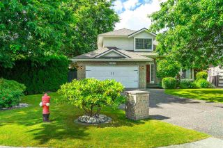 """Photo 1: 20481 97A Avenue in Langley: Walnut Grove House for sale in """"Derby Hills"""" : MLS®# R2592504"""