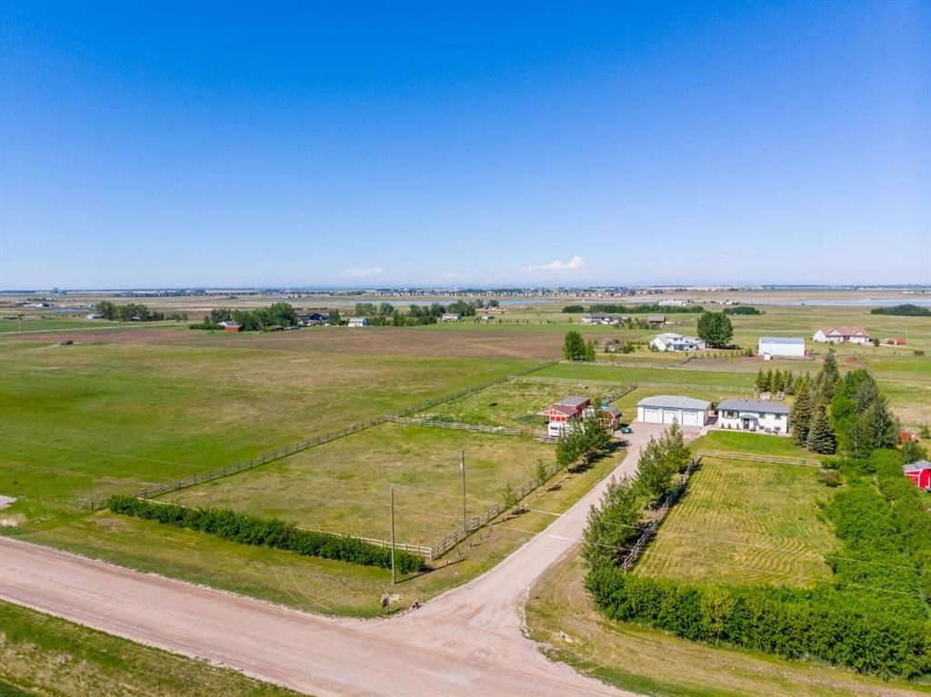 Main Photo: 234075 Boundary Road in Rural Rocky View County: Rural Rocky View MD Detached for sale : MLS®# A1114903