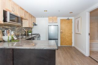 """Photo 6: 809 933 SEYMOUR Street in Vancouver: Downtown VW Condo for sale in """"The Spot"""" (Vancouver West)  : MLS®# R2594727"""