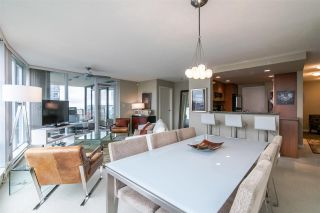 """Photo 8: 2103 583 BEACH Crescent in Vancouver: Yaletown Condo for sale in """"PARK WEST TWO"""" (Vancouver West)  : MLS®# R2361220"""