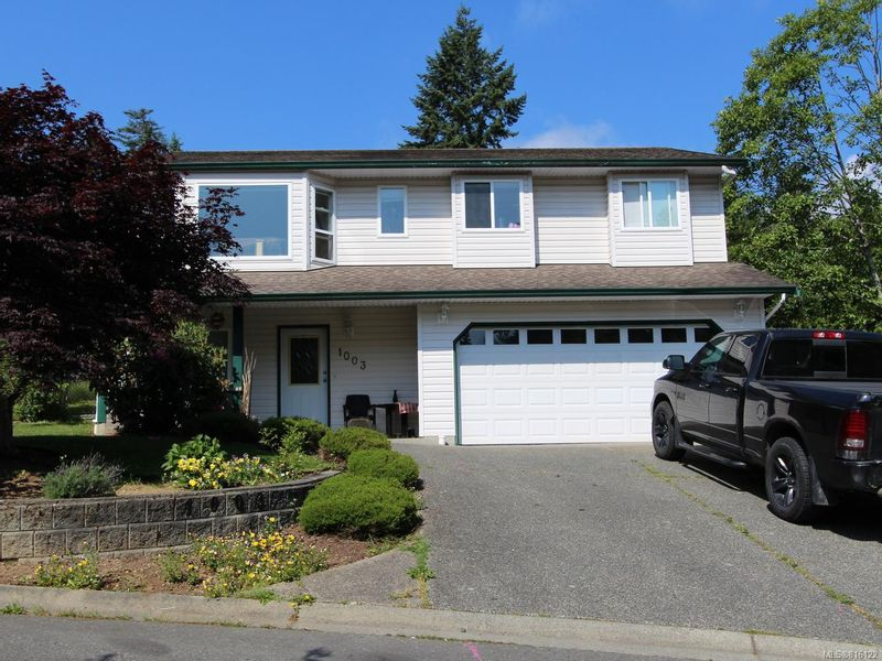 FEATURED LISTING: 1003 Bramblewood Lane NANAIMO