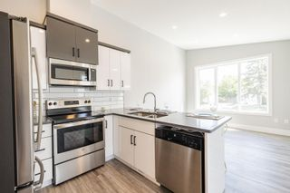 Photo 8: 10334 159 Street in Edmonton: Zone 21 House Half Duplex for sale : MLS®# E4261776