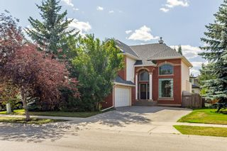 Photo 2: 1111 77 Street SW in Calgary: West Springs Detached for sale : MLS®# A1137744