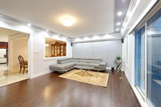 Photo 4: 491 E 63RD Avenue in Vancouver: South Vancouver House for sale (Vancouver East)  : MLS®# R2328169