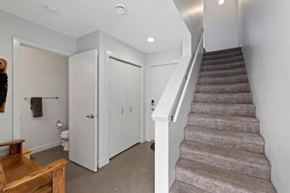 Photo 5: 3529 69 Street NW in Calgary: Bowness Row/Townhouse for sale : MLS®# A1090190