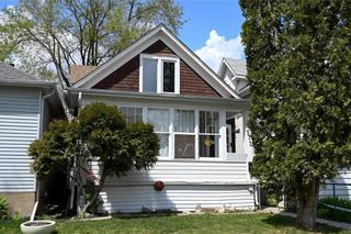 Photo 1: 571 Walker Avenue in Winnipeg: Lord Roberts Residential for sale (1Aw)  : MLS®# 202111872
