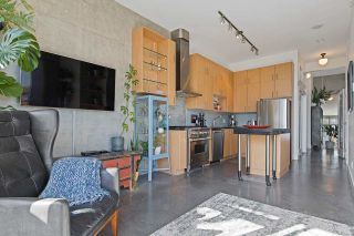 Photo 6: 304 2635 PRINCE EDWARD STREET in Vancouver: Mount Pleasant VE Condo for sale (Vancouver East)  : MLS®# R2548193