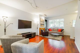 """Photo 6: 81 6878 SOUTHPOINT Drive in Burnaby: South Slope Townhouse for sale in """"CORTINA"""" (Burnaby South)  : MLS®# R2369497"""