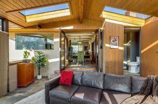 Photo 18: 2548 Wesley Pl in : Vi Oaklands House for sale (Victoria)  : MLS®# 866371