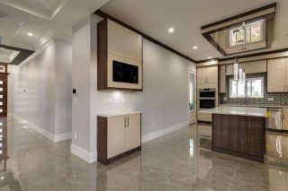 Photo 10: 6275 149 Street in Surrey: Sullivan Station House for sale : MLS®# R2430692